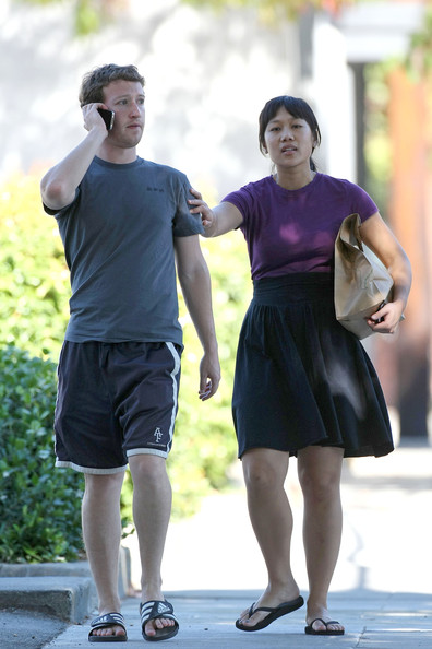 mark zuckerberg with girlfriend. Mark Zuckerberg Old Girlfriend