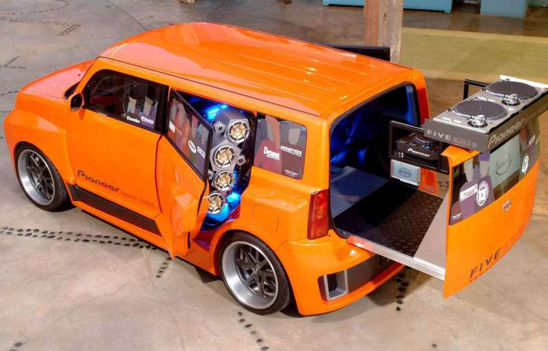 Scion 5 Axis Widebody DJ XB, 2005