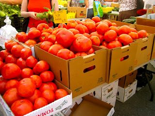 tomatoes at greenmarket