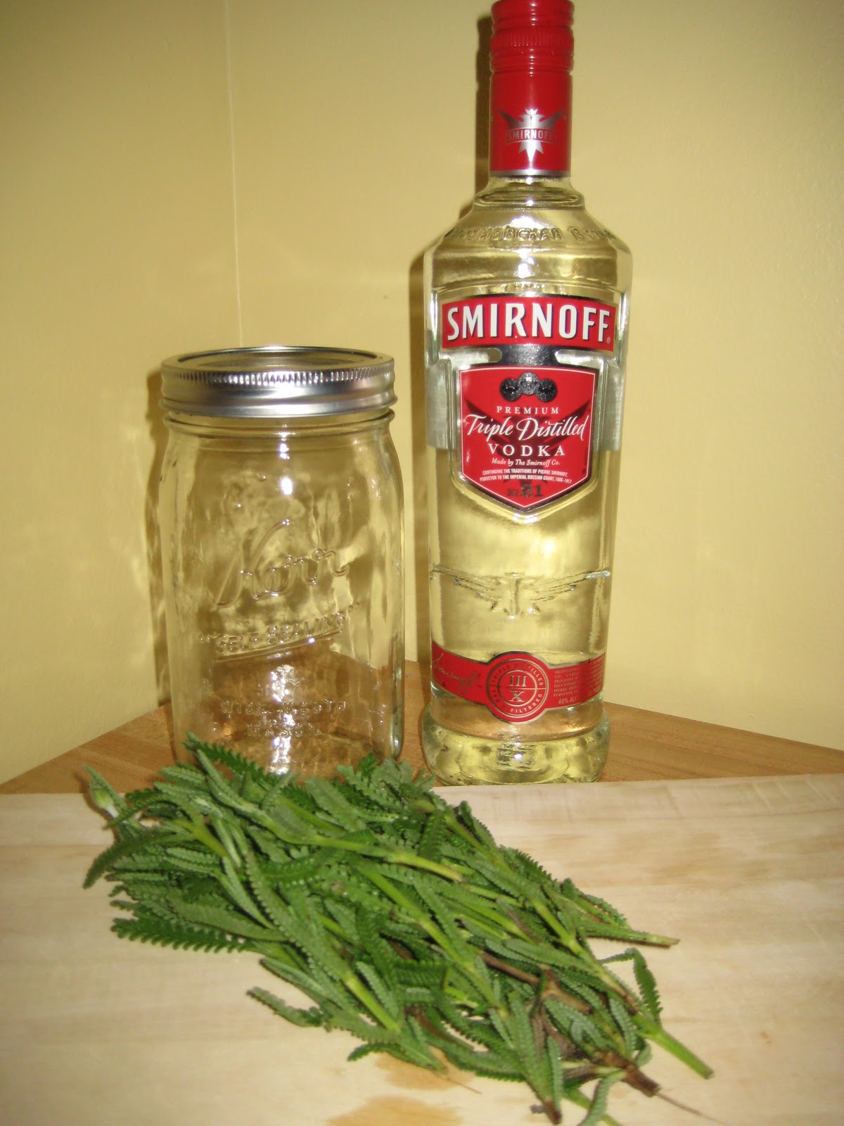 ... hour honeys: DIY: Lavender-Infused Vodka and Spiked Lavender Lemonade