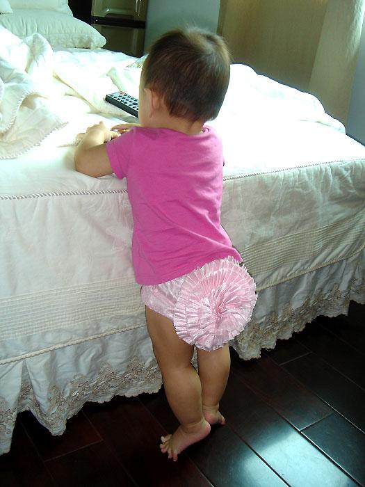 olivia's pom-pon shorts