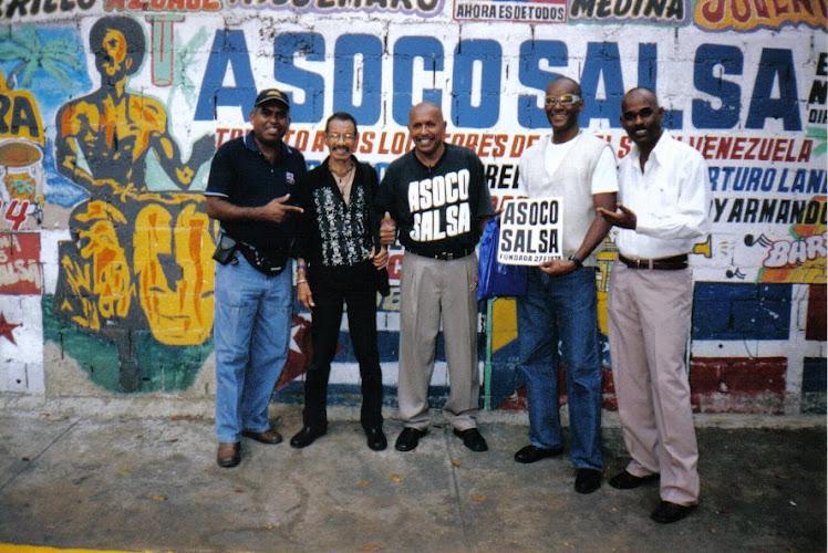 En el mural de Asocosalsa