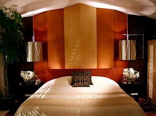 Спалнята ПРЕДИ ...СЛЕД дизайнерската намеса