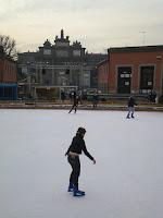 pattinare su ghiaccio a Firenze