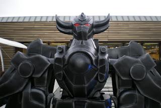 robot a pitti uomo