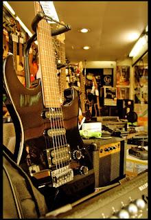 Casa amarilla universo de instrumentos musicales for Guitarras para ninos casa amarilla