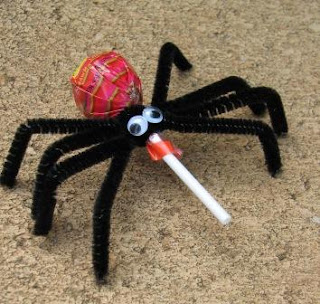 halloween food gifts: spider pops
