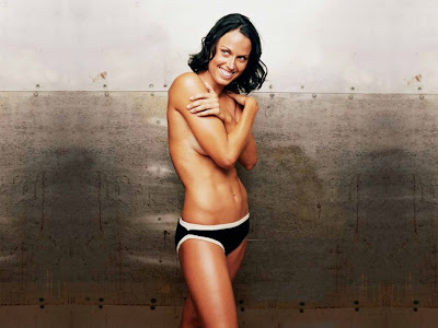 US Olympic Swimmer Amanda Beard Nude and Butt Naked Pictures
