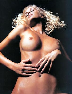Actress%2BKylie%2BBax%2BNude%2Band%2BVery%2BSexy%2BPhotoshoot%2B%2Bwww.GutterUncensored.com%2B5 celeb nudes