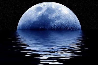 ¿Qué es una luna azul? Ba%C3%B1o+de+luna