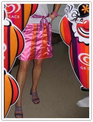 Glassig kjol