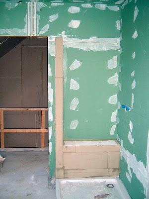 dusche sitzbank bauen gro e duschwanne selber machen. Black Bedroom Furniture Sets. Home Design Ideas