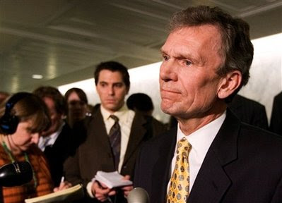 Daschle withdraws as nominee for HHS secretary