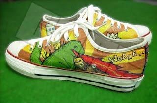 Godzilla - Sepatu Lukis