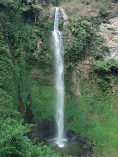 Air terjun Curug Cimahi di Indonesia