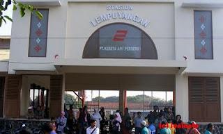 Lempuyangan Inilah 10 Stasiun Kereta Api Tertua di Indonesia