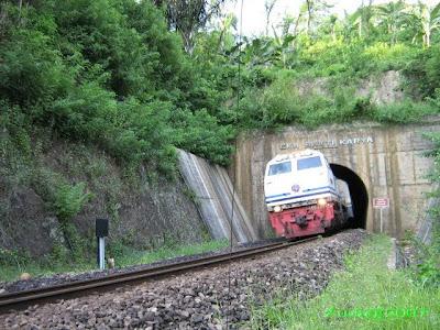 Terowongan Eka Bakti Karya (760 m)