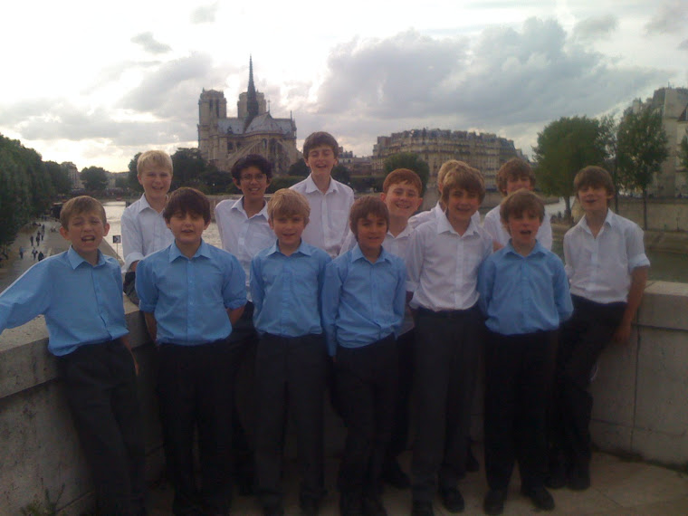 The Choristers in Paris