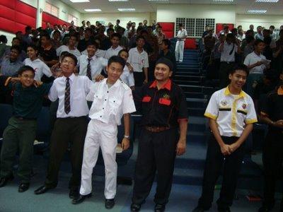 Galeri Sekolah Sultan Alam Shah Perokok U