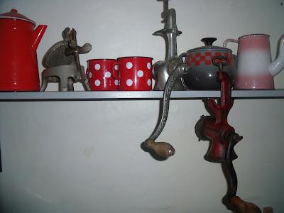 Leonie 39 s attic vieux objets de cuisine - Vieux ustensiles de cuisine ...