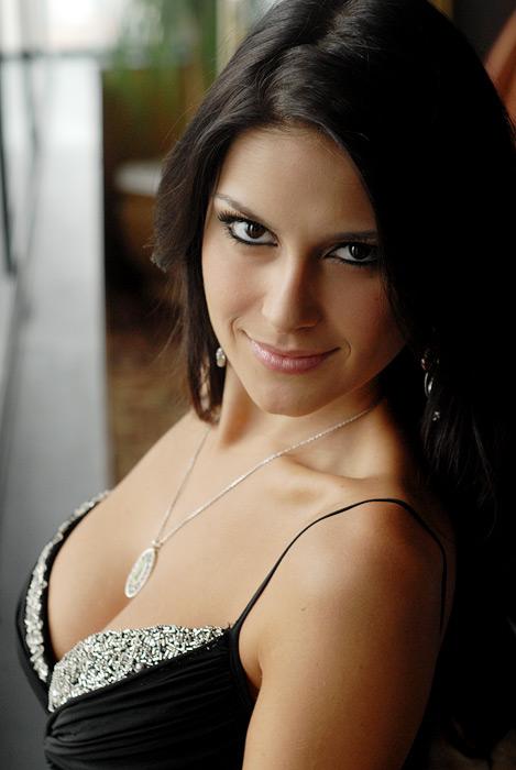 * Natália Guimarães *