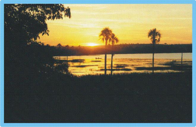 **  Crepúsculo na Lagoa da Prata  **