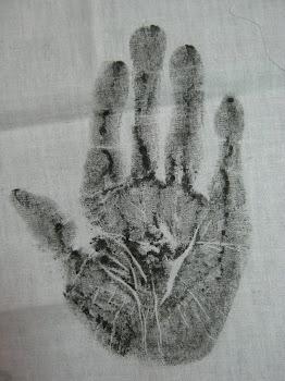 ผ้าประทับฝ่ามือ