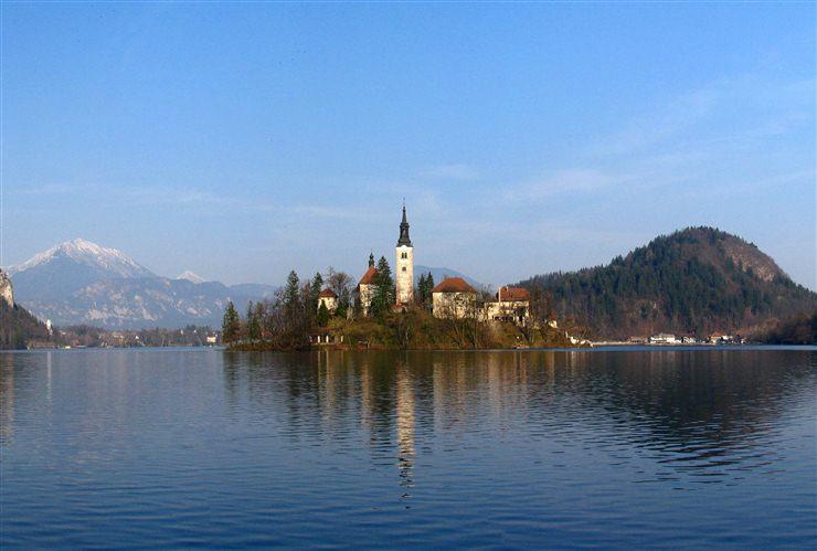 http://2.bp.blogspot.com/_P3gqcL2Brb0/TOyMfY5SpZI/AAAAAAAACxc/1RACIqLU7wY/s1600/Bled%2B%2528Slovenia%2529.jpg