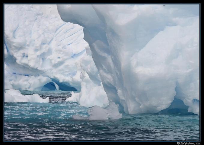 7768404 - Antarctica