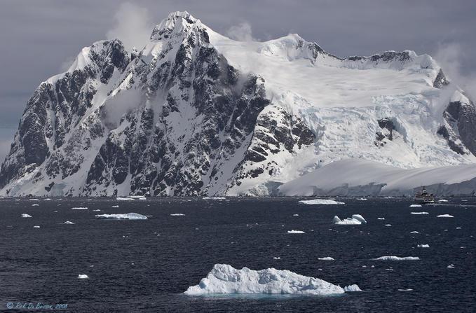 7355924 - Antarctica