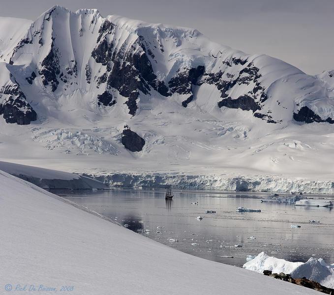 7265735 - Antarctica