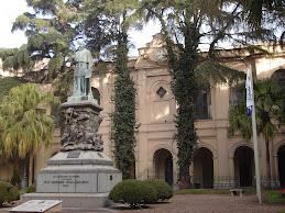 Estatua Obispo Trejo