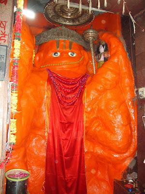 Dachhineshwar Hanuman Ji in Hanuman Garhi