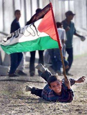 http://2.bp.blogspot.com/_P6xUhXoJ0JQ/SiXJ47zPSVI/AAAAAAAAAPk/3-k7aPymzME/s400/Copy+of+palestin.jpg
