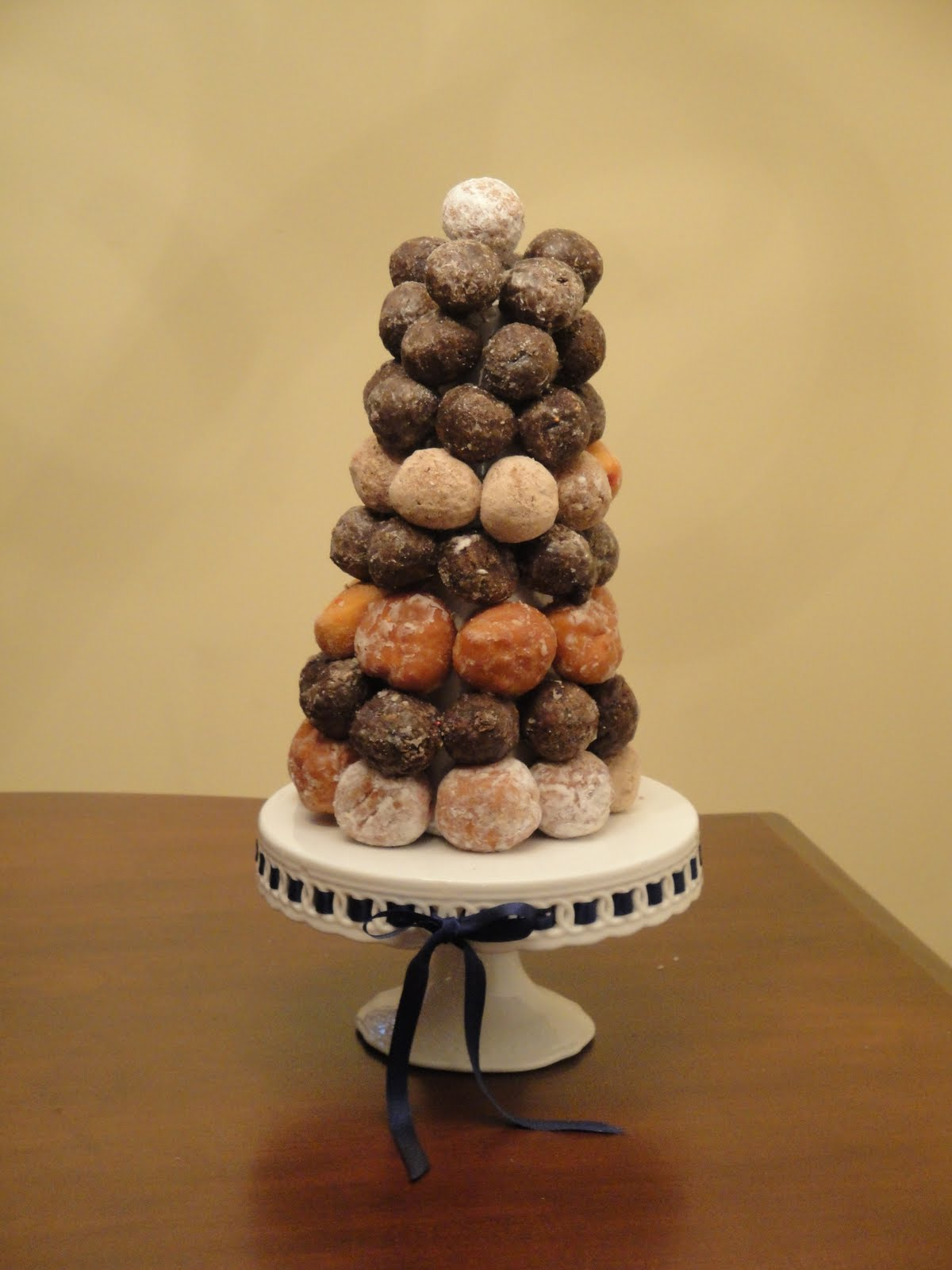 Wildflowers in the Country Donut hole cake