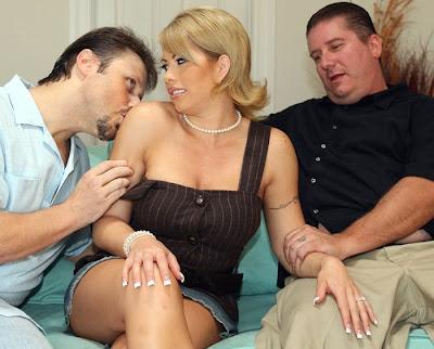 Big tit marilyn gold porn