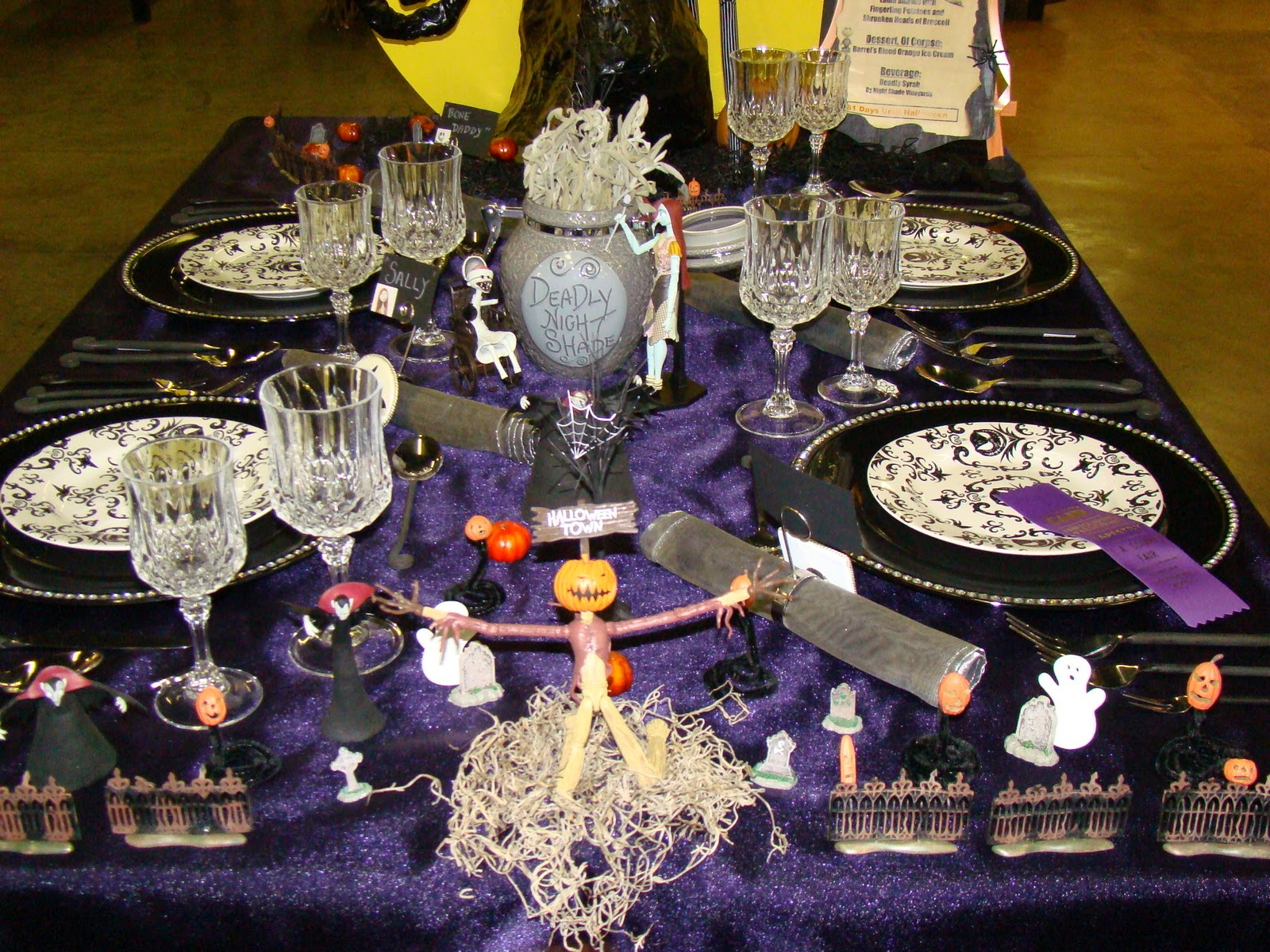 Halloween Tablescapes - Bubblegum and duct tape