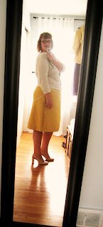 The yellow skirt of dubious trim (Hot Patterns 1063)