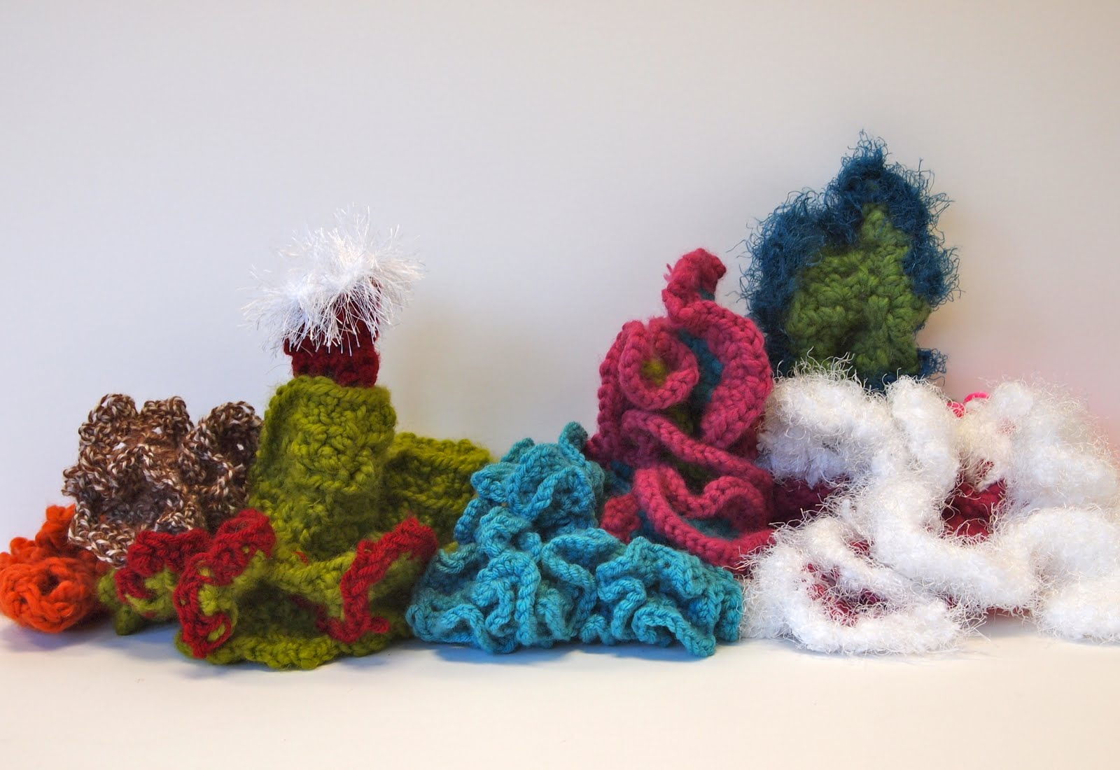 Crochet Coral Reef : new city arts: hyperbolic crochet coral reef project