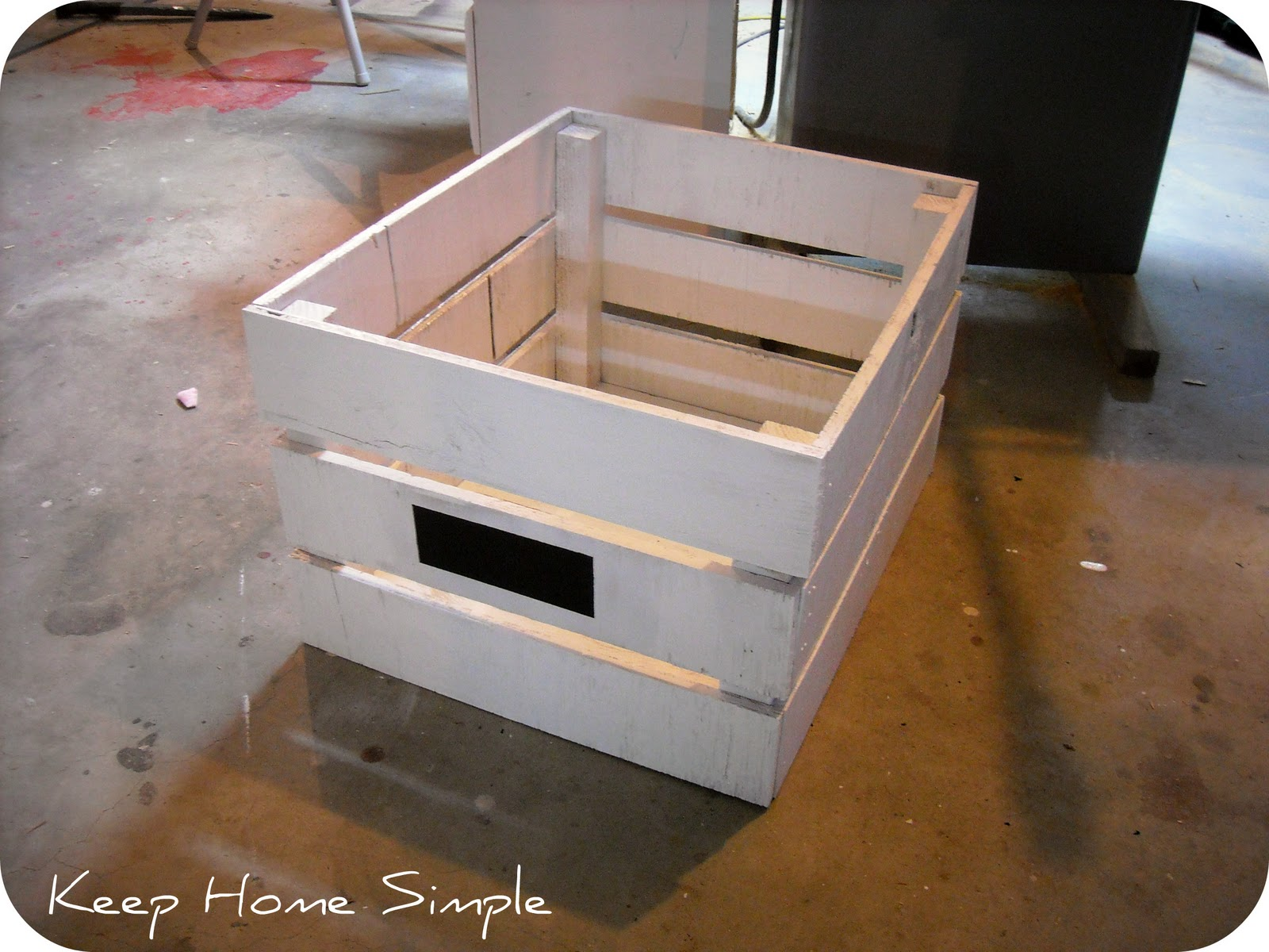 Wood chicken crate plans woodideas for Wooden chicken crate plans