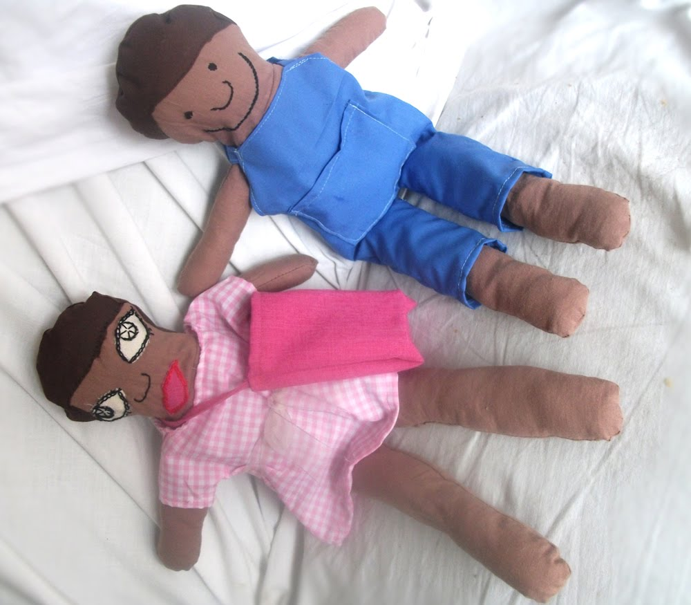Free doll clothes pattern to fit your fashion Barbie dolls.