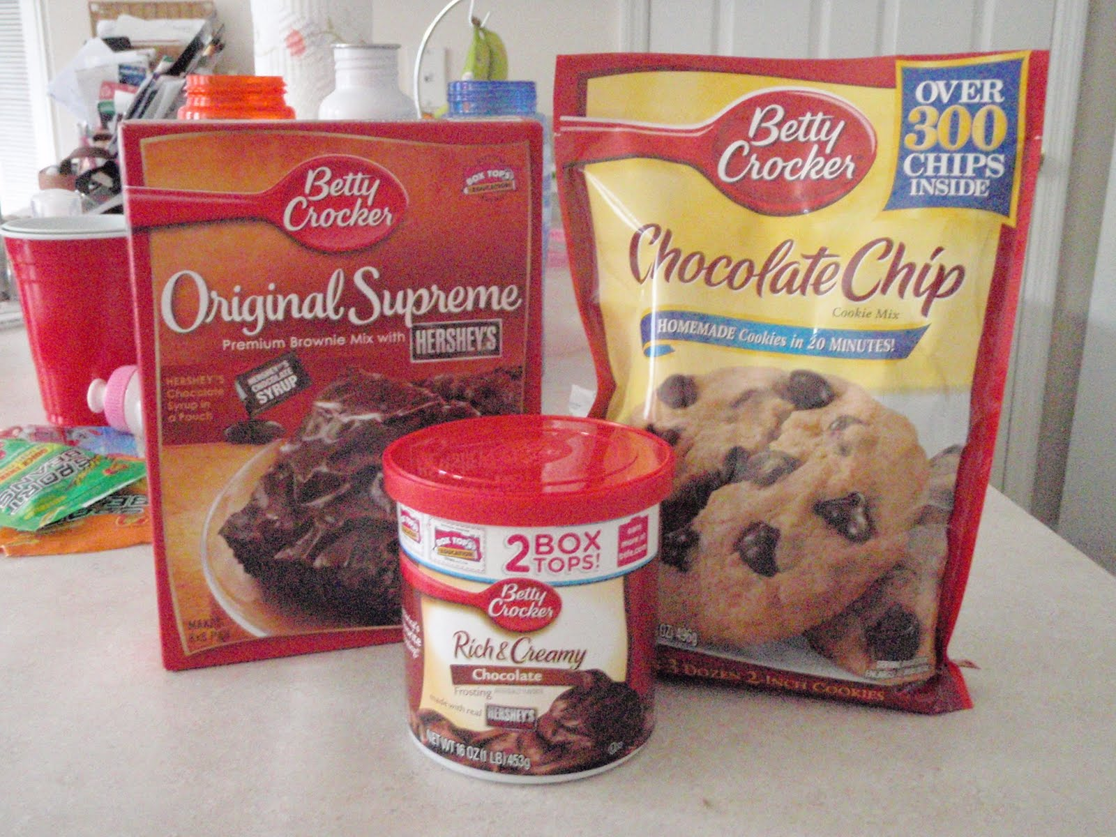 Betty Crocker Frosted Chocolate Brownies 500g | Apps Directories