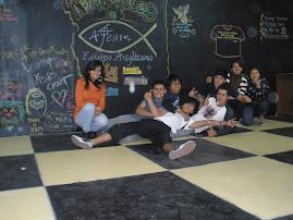 ALGON NUEVO para decorar el área de reunión de los jóvenes