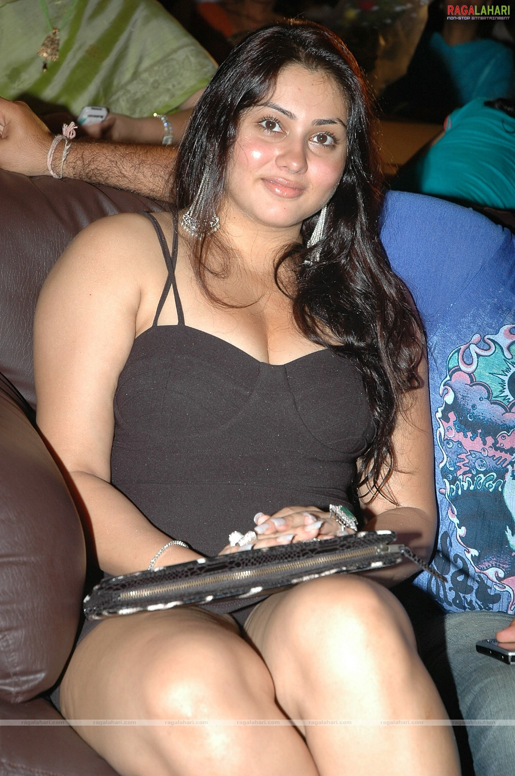 indian actresses upskirt