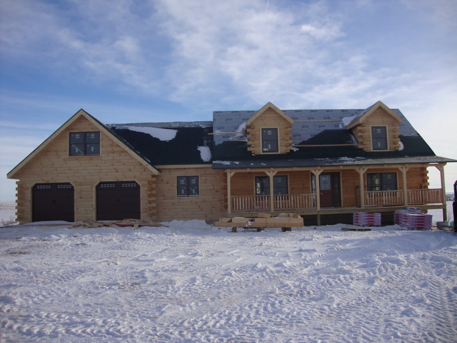 Mc Kay Hochsetler Log Home With Garage And Breeze COMPETED DRY IN
