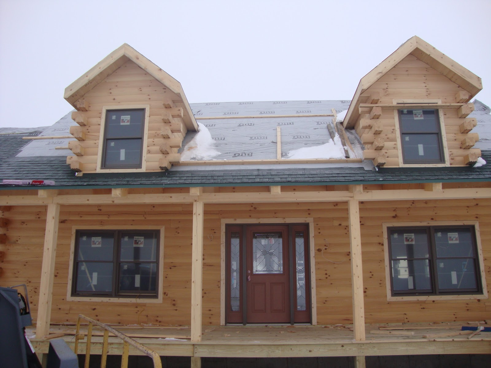 Patriot log home builders photo gallery of wallace home in nd for Wallace homes