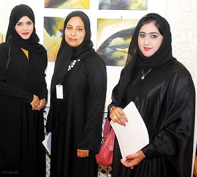 Amazing Omani Women Dress Code Titlegtdifferent Types Of Gcc Dress For Men Life
