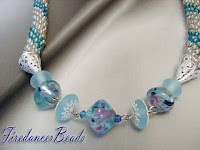 How to Make a Crochet Necklace   Beaded Jewelry - YouTube