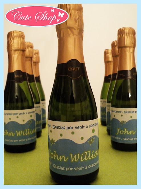 Champañitas y Botellas de Vino Personalizadas