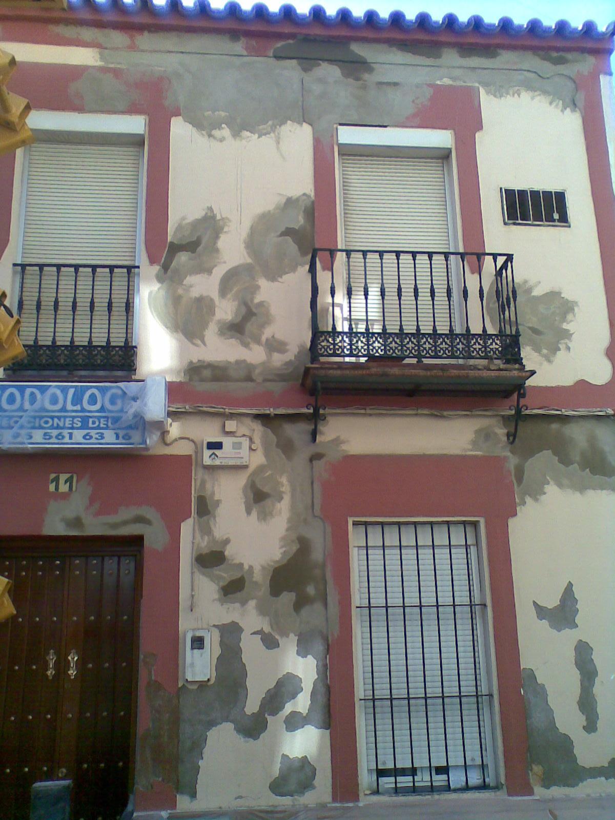 Pidegua pintado de fachada de clinica de podologo - Pintado de fachadas ...